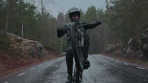 Video: Pushing Hard on a Downcountry Bike