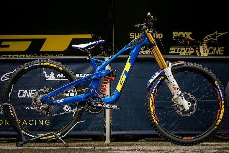 Bike Check: Noga Korem's GT Fury – Les Gets DH World Cup 2021